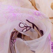 Rem trang tri vai voan hoa hong xinh xan