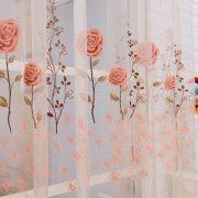 Rem voan trang tri hoa tiet hoa hong